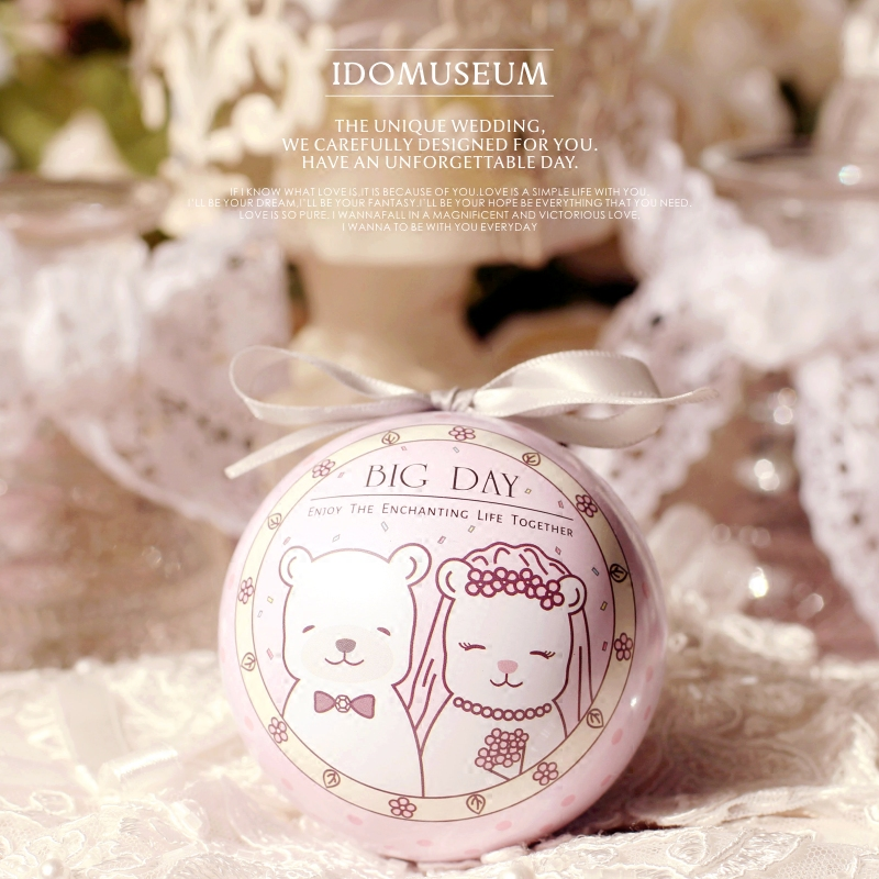 爱的博物馆の小白熊夫妇精灵球马口铁喜糖盒欧式创意婚礼喜糖盒子