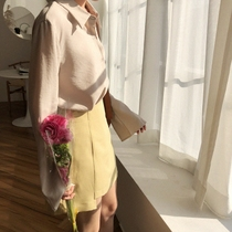 Thin bamboo poles 2018 spring Korea retro simple small lapel collar trumpet sleeves solid color blouse Chiffon comfortable blouse