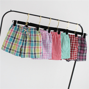 One day the New Ladies Cotton gauze cotton pajama pants plaid shorts in summer Home Furnishing a shipping
