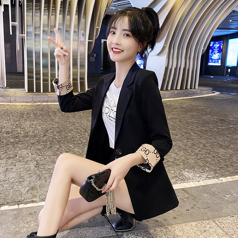 Suit jacket women Spring and Autumn 2021 new Korean version of the British wind short small net red suit womens explosive top