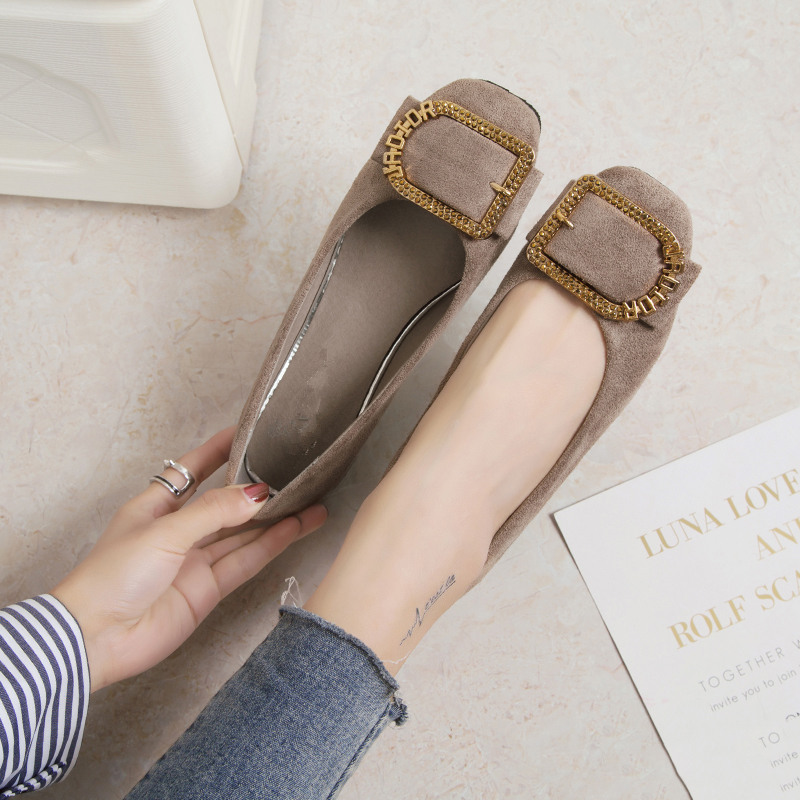 2008 New Korean Spring Fashion Water Drill Button Soft-soled Rough-heeled Single Shoes Women's Square Suede Flat-soled Shoes Women's Shoes
