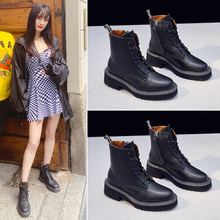 Martin Boots and Girls New English Style in Spring and Autumn of 2019
