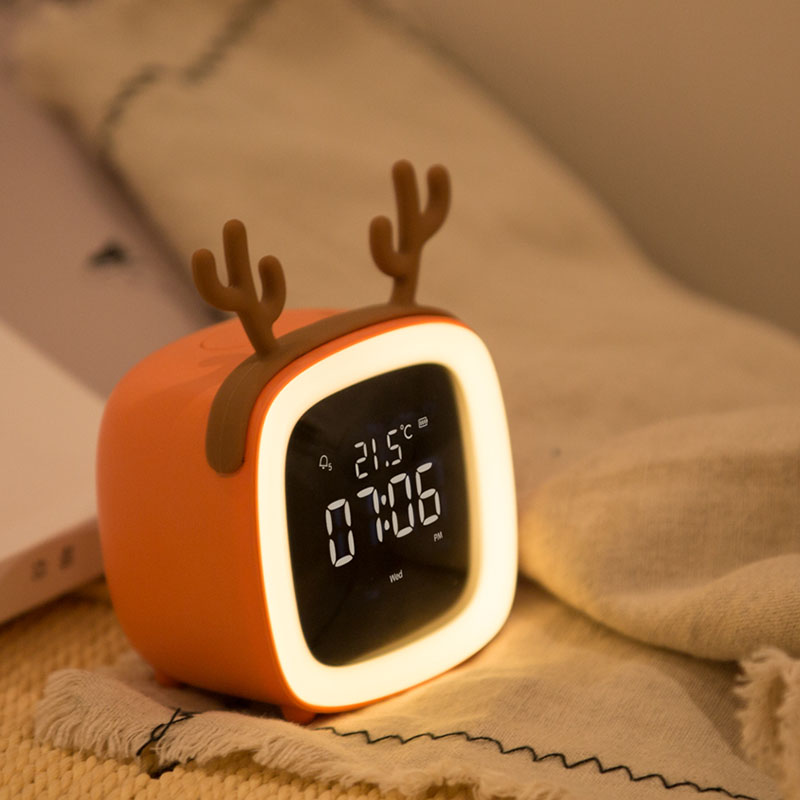 Cute Cartoon Children Charge Electronic Clock Silent Night Light Bedside Clock with Intelligent Small Alarm Clock Personal Clock