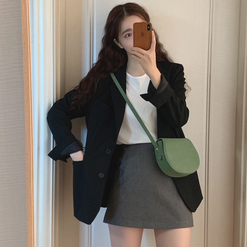 Net red black fried street small suit jacket 2020 spring and autumn new Korean loose casual suit jacket women