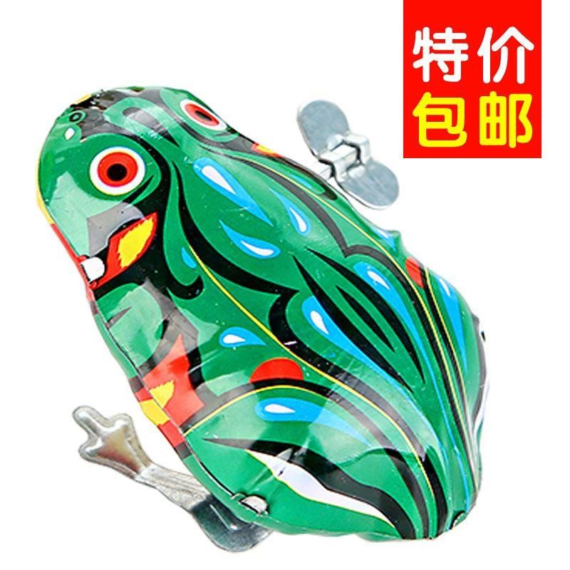 The winding toy frog can run and move the baby's big iron chicken