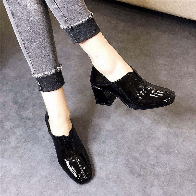 Autumn Shoes Women's Shoes 2019 New Autumn Style Westernized Fashion High-heeled Autumn Square Head Coarse-heeled Leather Painted Single Shoes