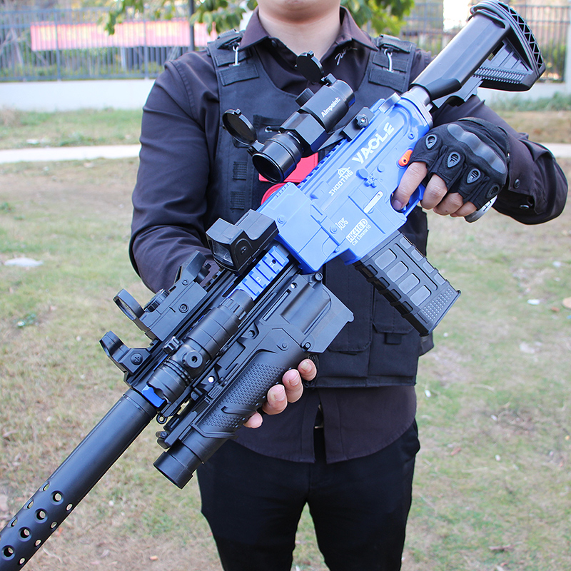 The M416 is full of electric shotguns to eat chicken fully equipped with boy suction cup childrens simulation toy assault guns