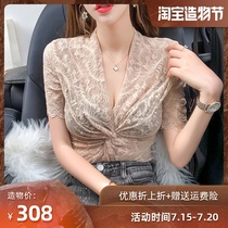 Lace top womens 2021 summer new Western style slim V-neck small shirt waist openwork short-sleeved base shirt ins