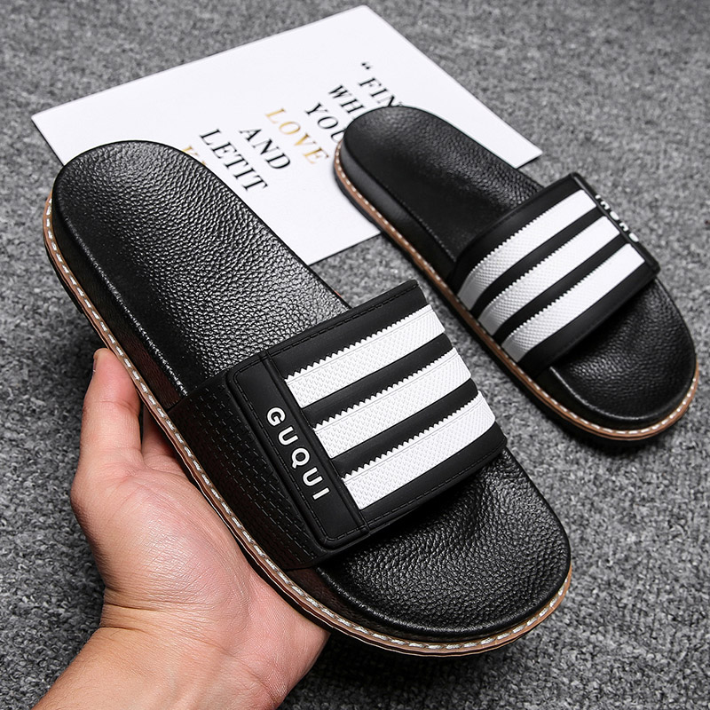 2020 new Korean trend slippers men's beach sandals personality outdoor sandals wear non-slip flip flops