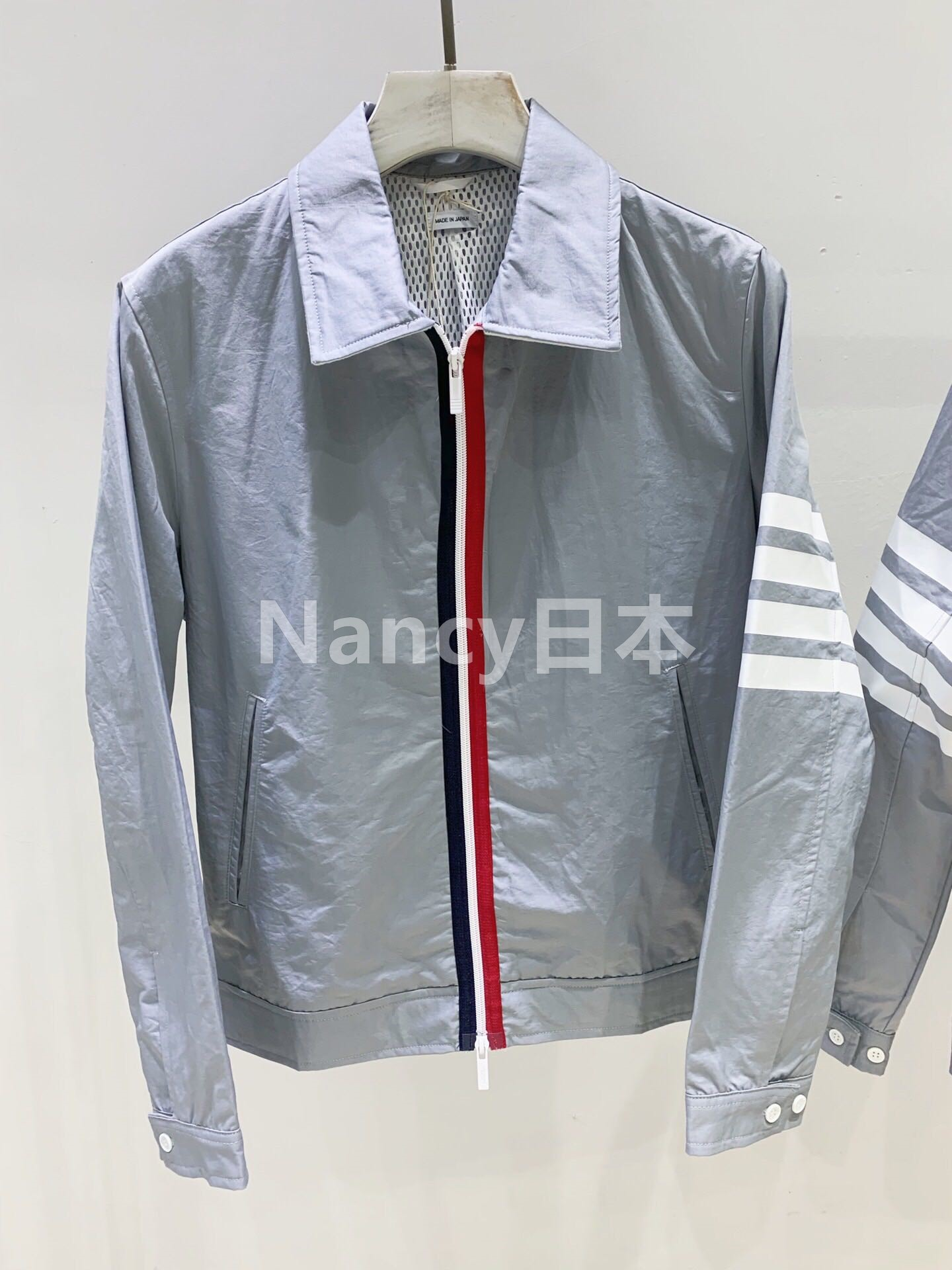 Japans Thom Browne 20 autumn winter stripes waterproof four 槓 mens and womens jacket jackets