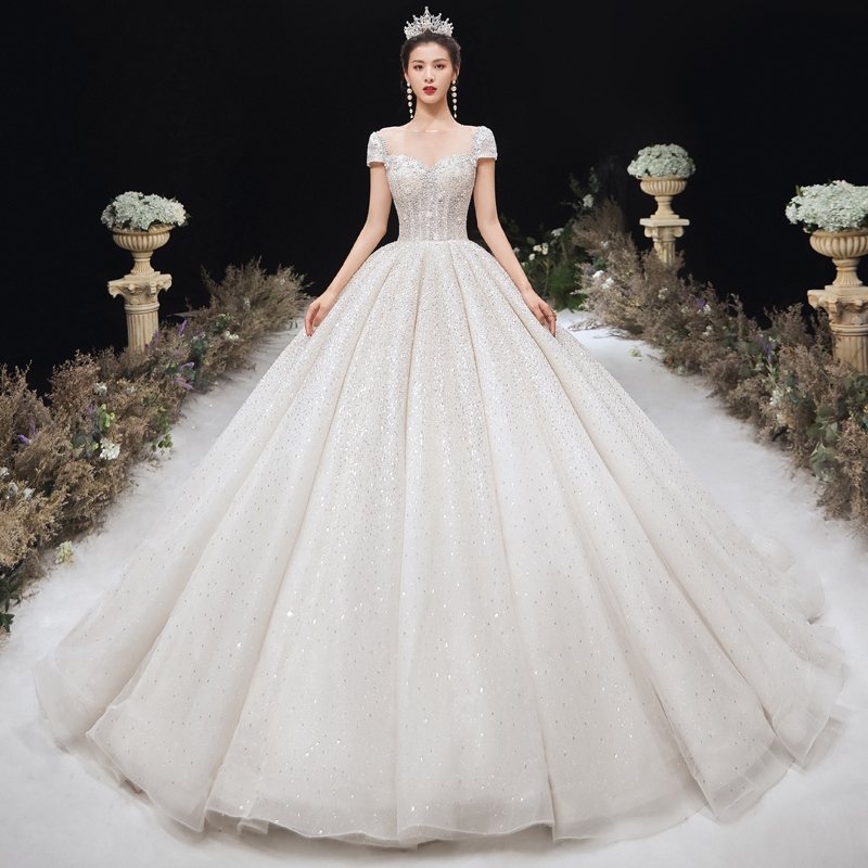 New 2020 main wedding dress sweet Korean super fairy small chest small dress retro white heavy industry dress tail
