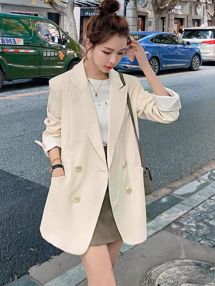 Fried Street small suit jacket women design sense minority Korean version of the white temperament loose casual retro suit top tide