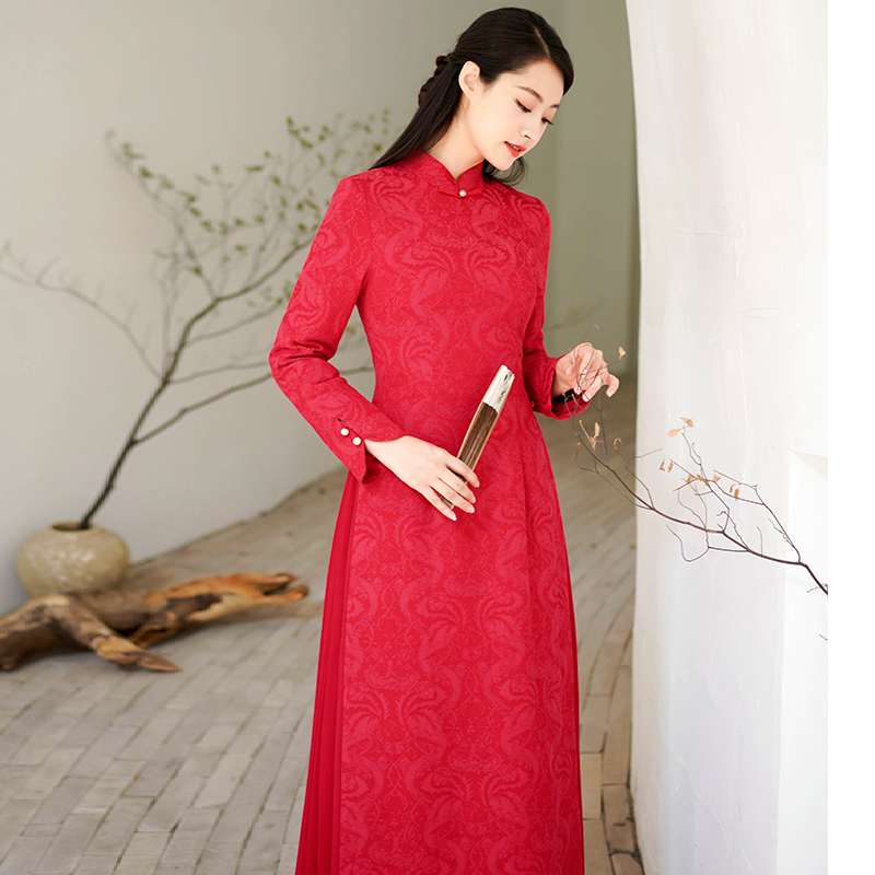 New Years cheongsam red Chinese wind autumn winter ancient long-sleeved dress improvement Chinese womens high-end Tang dress New Year