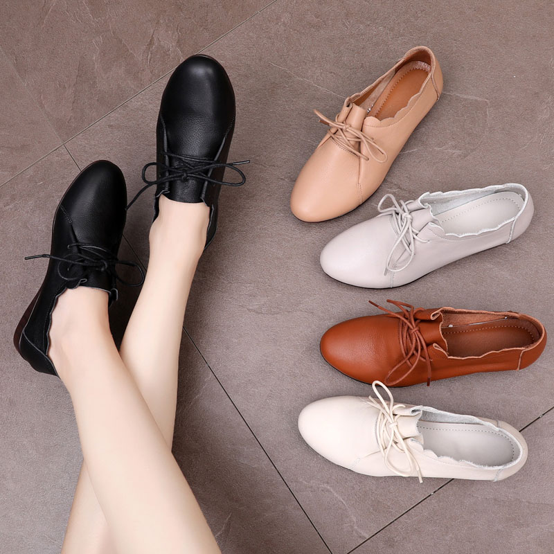 New fashion leather large size women's shoes in 2019 41-43 spring flat sole lace four seasons shoes 40 sets of soft leather single shoes