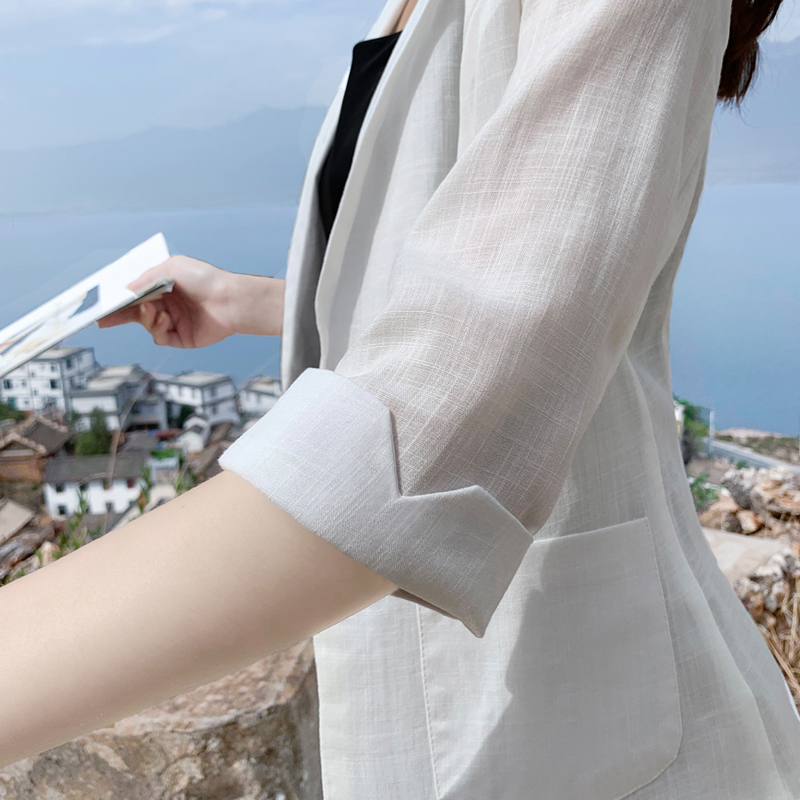 Thin linen suit women 2021 spring summer new small casual three-point sleeve cotton linen small suit large coat