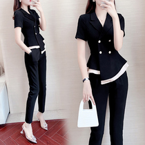 Short-sleeved small suit suit womens summer 2021 new Korean version of the British style quality fashion design sense professional two-piece suit
