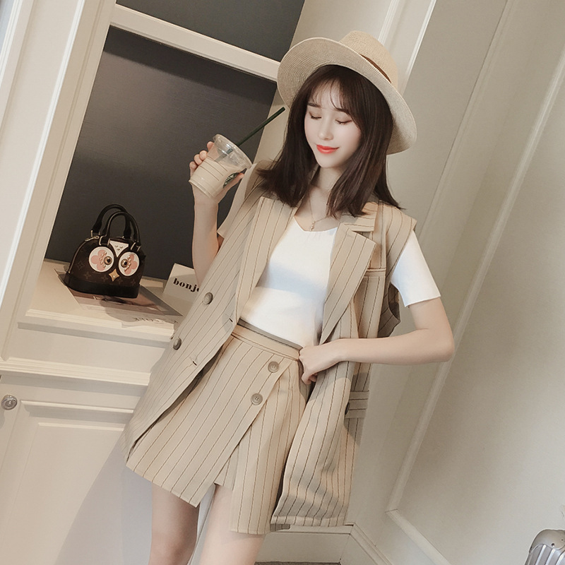 Women's small suit 2020 new summer and Korean style striped vest and shorts two-piece professional leisure suit