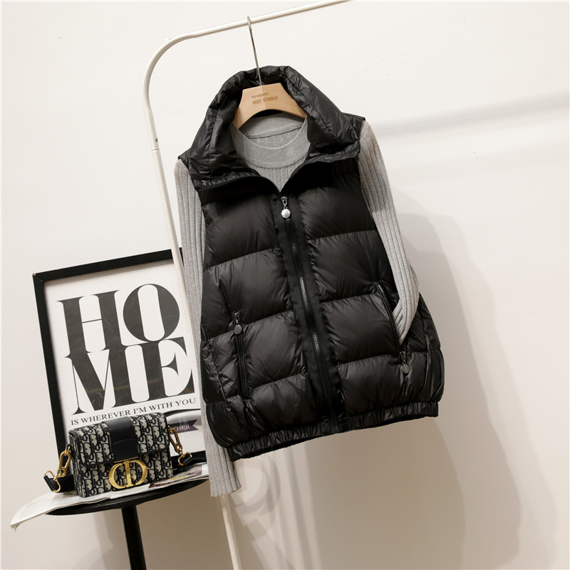 2020 new Korean version of the down horse clip womens vest short fashion A-word loose collar vest outside wearing a bumpy shoulder