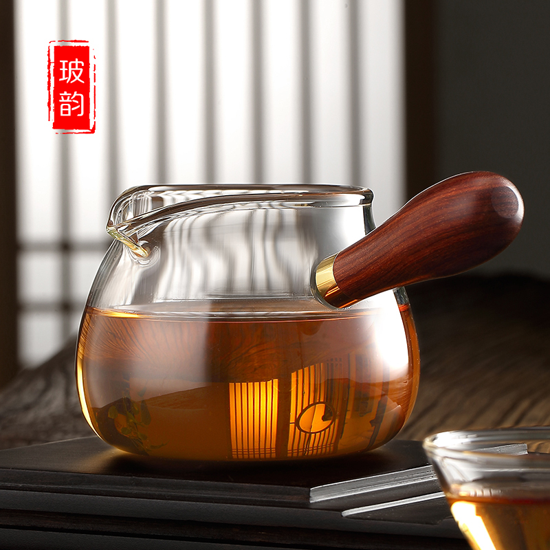 Bo Yun side of the fair glass tea splitter heat-resistant male cup thick filter kung fu tea set accessories tea leak set