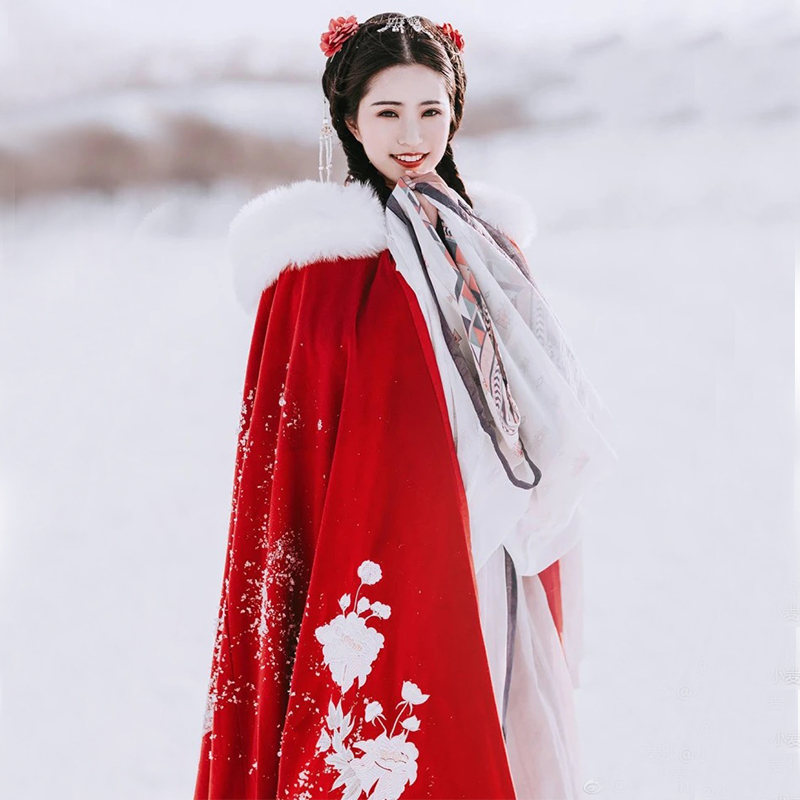 Such as the dream of Han clothing cloak women autumn and winter model plus velvet ancient wind hair collar Chinese wind red thick warm cape ancient dress