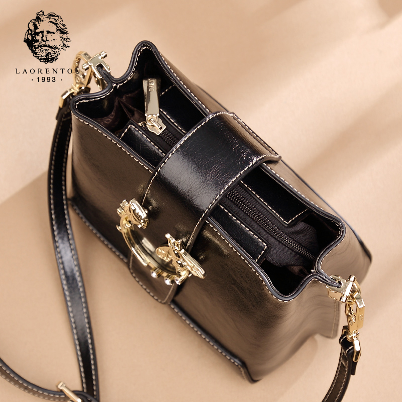 Old man head Messenger bag female 2018 new wave Korean version of the wild small bag personality explosions shoulder bag leather handbags