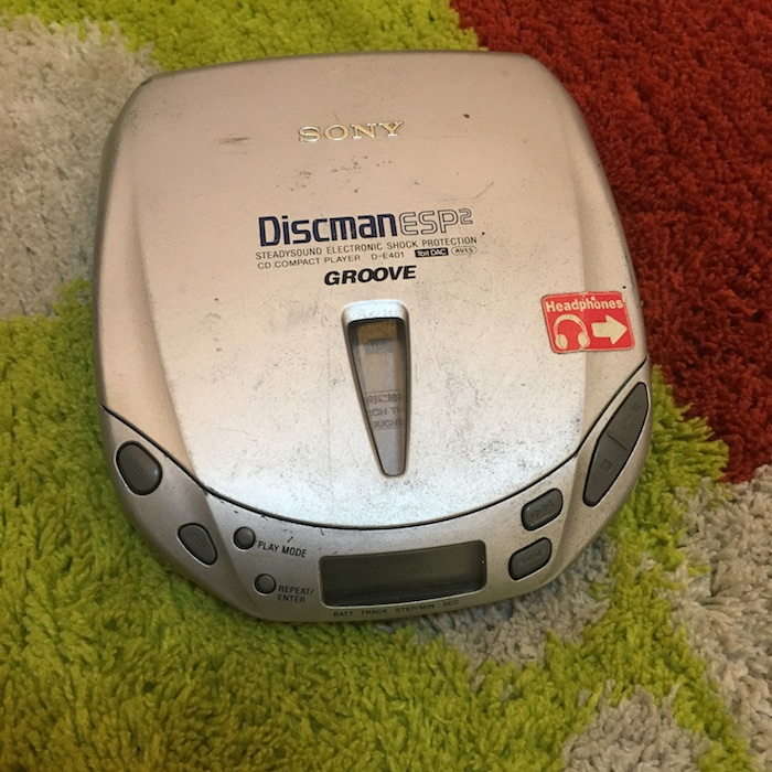 [Secondhand products]The original used Sony CD Walkman D-E401 old machine trouble machine special connection can basically be used