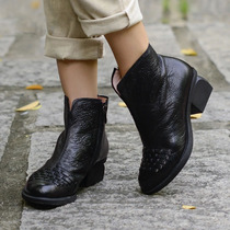 In autumn 2016 national wind round head with coarse woven black leather embossed ankle boots casual boots by hand wave