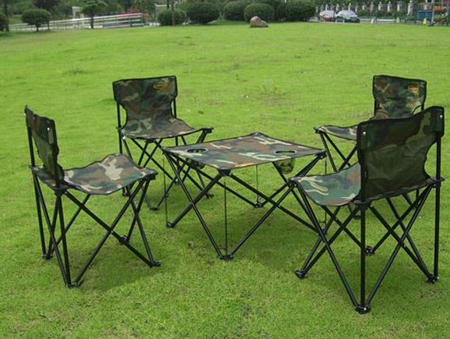 Camouflage five sets of outdoor folding table and chairs set portable portable picnic beach chairs auto wild coffee table