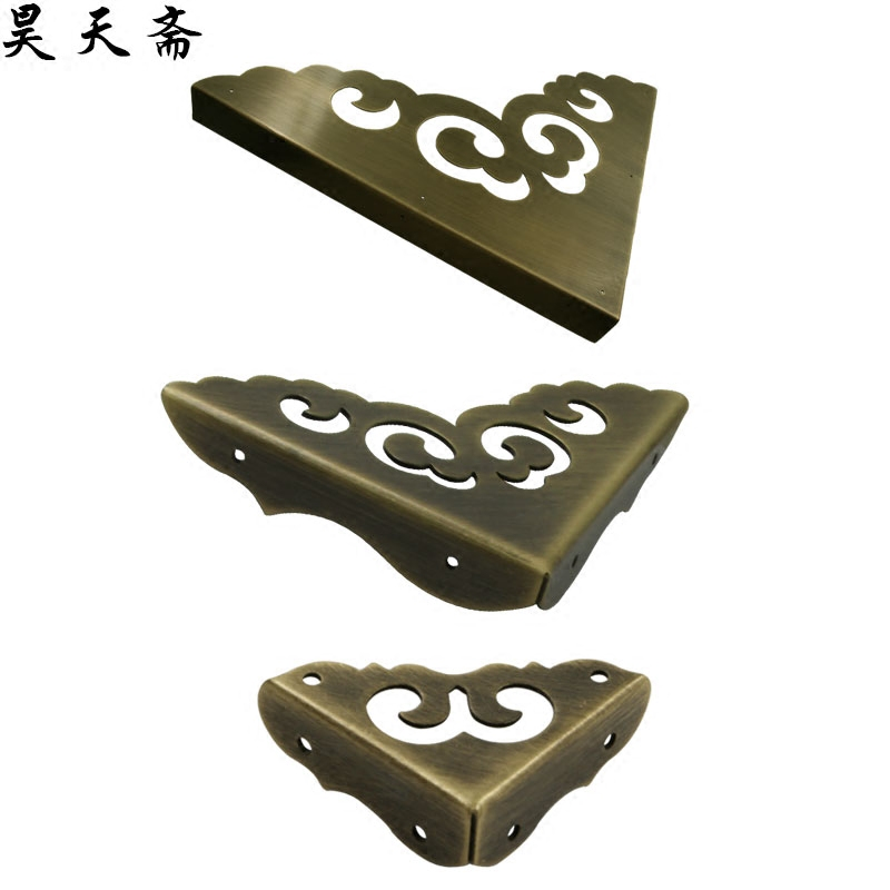 Haotianzhai Ming and Qing antique cabinet door pure copper three-sided corner guard door Chinese-style hardware fittings triad bread corners