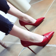 Red wedding shoes 2017 spring new Europe and the United States pointed out the thin shoes with thin heels high-heeled shoes