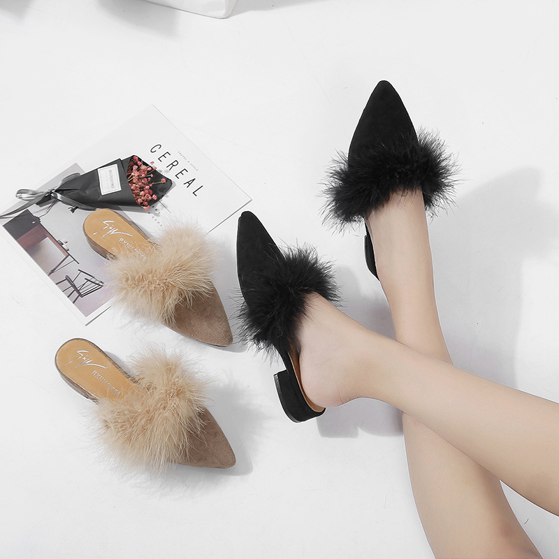 Fall and Winter 2019 European and American Flat-soled Slippers, Point-toed Fur Shoes, Fashionable Suede Semi-slippers, All Sets of Rough-heeled Women's Shoes