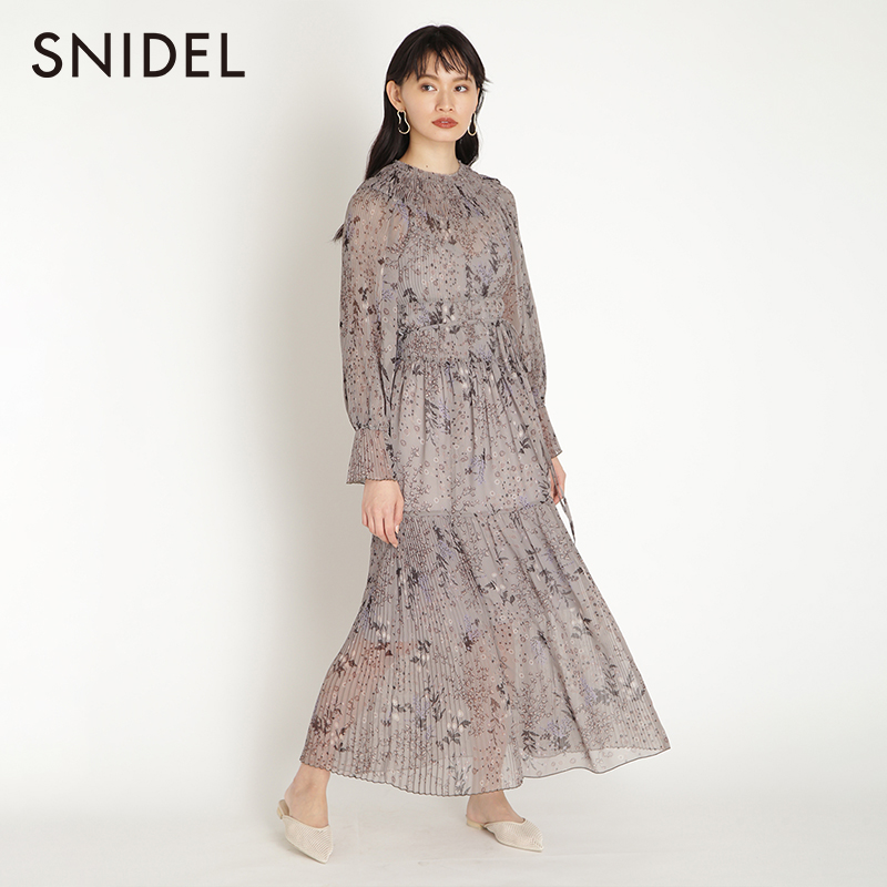 Snidel2020 spring and summer new sweet floral waist collection Bell Sleeve Pleated Chiffon Dress swfo201042