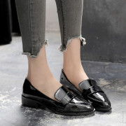 The fall of 2017 new Yuan Quan Tangjing with a small leather shoes with thick black female British style leather shoes with pointed