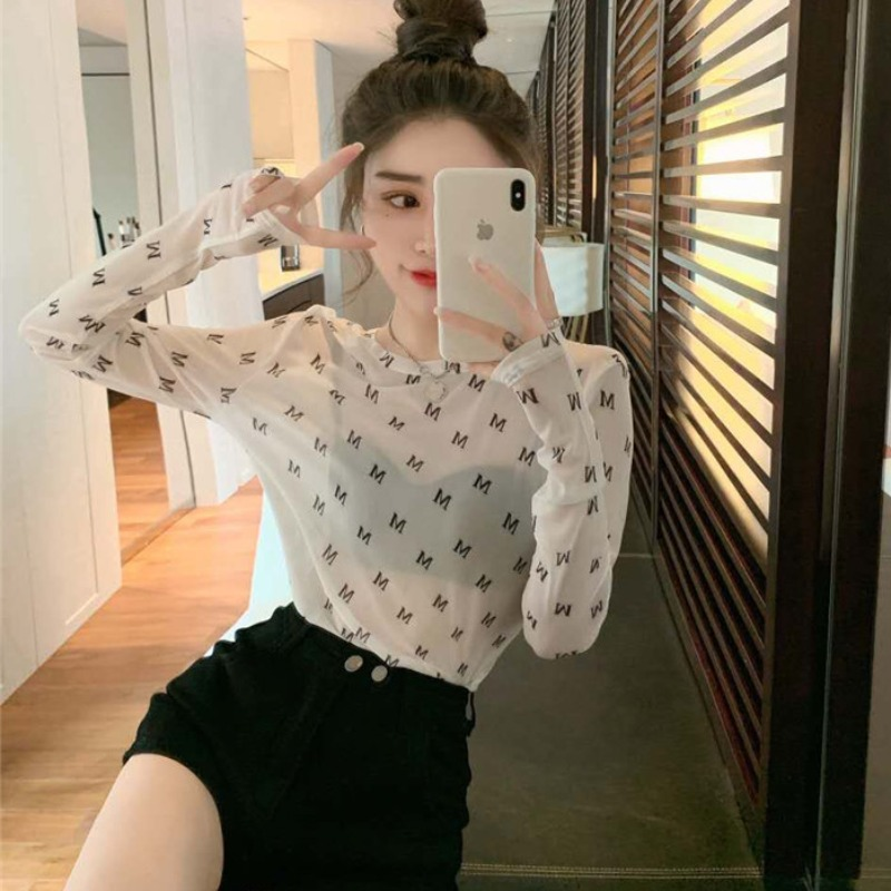 2021 early spring new western letter printing lace base shirt womens white crew neck ice mesh yarn slim top