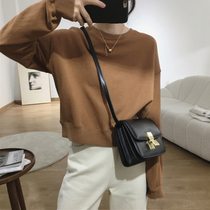 Korean version of the round neck pullover long-sleeved sweater womens 2021 new autumn loose casual fashion niche solid color short top
