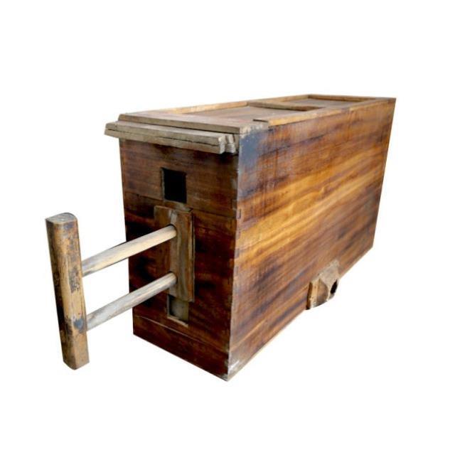 Nostalgic folk hand pull wood old wind box old blower set piece wind box pumping scientific practice teaching