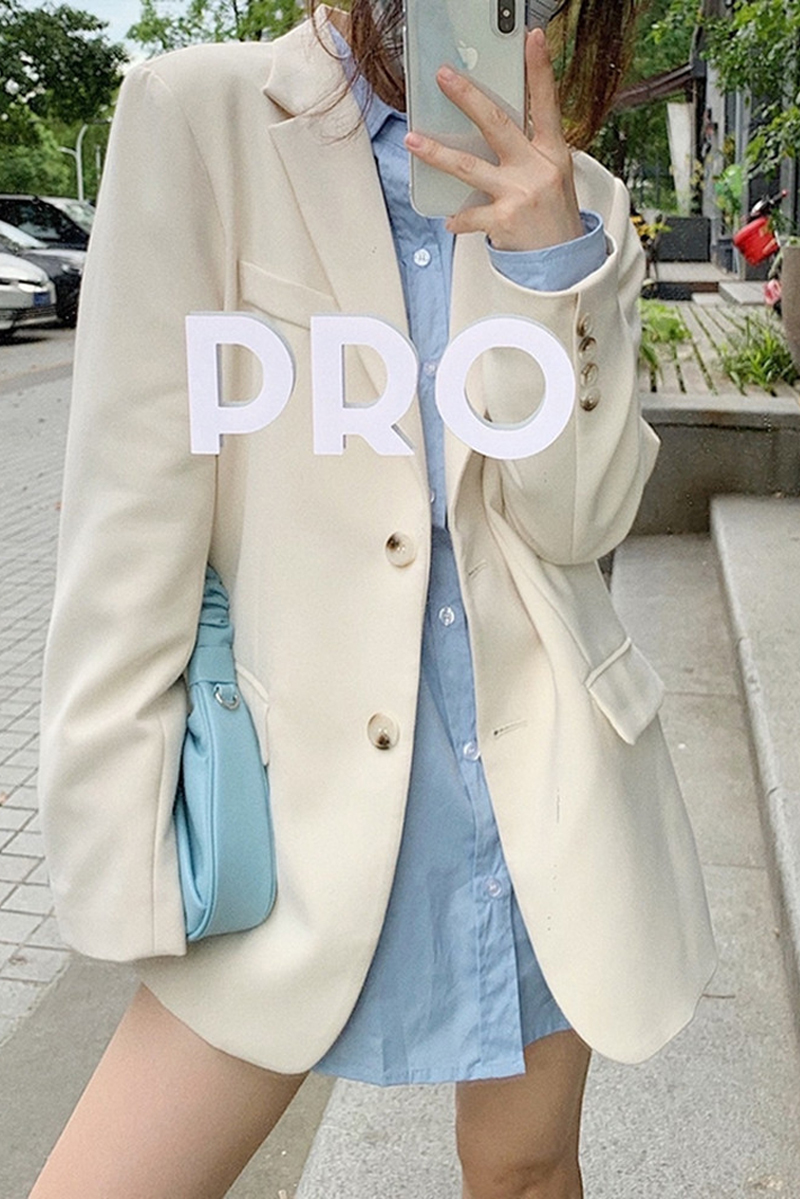 White blazer womens 2021 Spring and autumn South Korean version of the British wind blow street loose net red explosion style suit top new