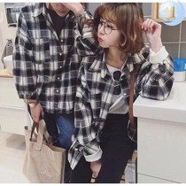 。 Mens Spring Autumn Korean version of the trend students loose black and white grid long-sleeved shirt ins couple shirt girls outside