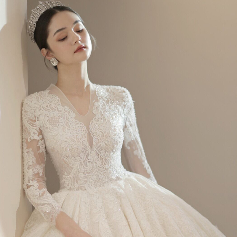 Long-sleeved autumn winter wedding dress 2020 new bride court ancient long-sleeved drag tail Mori super fairy dream thin