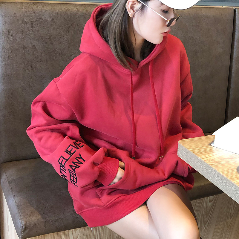 Hong Kong Spring and Autumn Han version of a hundred hooded red T womens loose fashion medium and long version plush plus thick jacket jacket