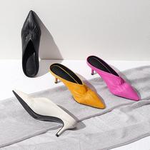Остроконечные тонкие каблуки V-образным вырезом тапочки женская сумка складки половина прохладный перетащить розово-красный желтый черный средний каблук Обувь Muller