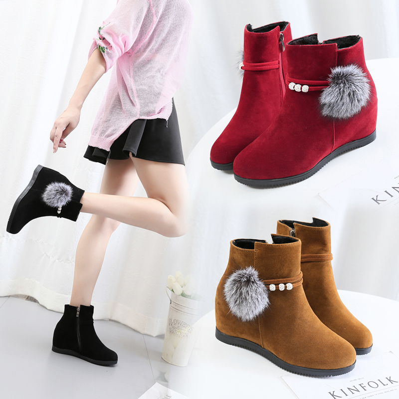2018 Korean version of the spring and autumn women's shoes fashion round head suede flat Martin boots plus hair ball increased female ankle boots