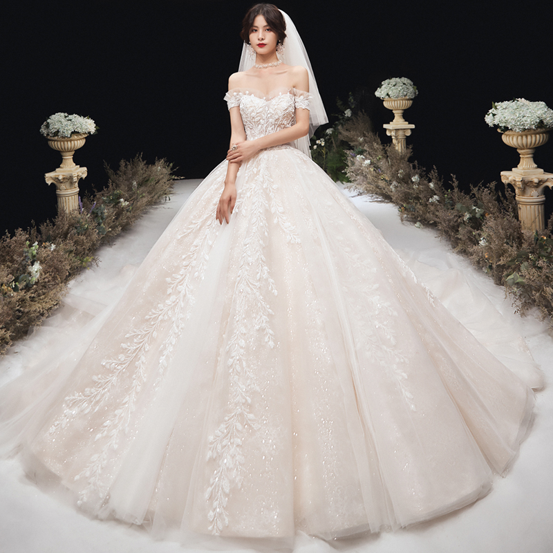2020 spring one shoulder wedding dress 2019 new bridal dress small man, super fairy dream, luxury and simple