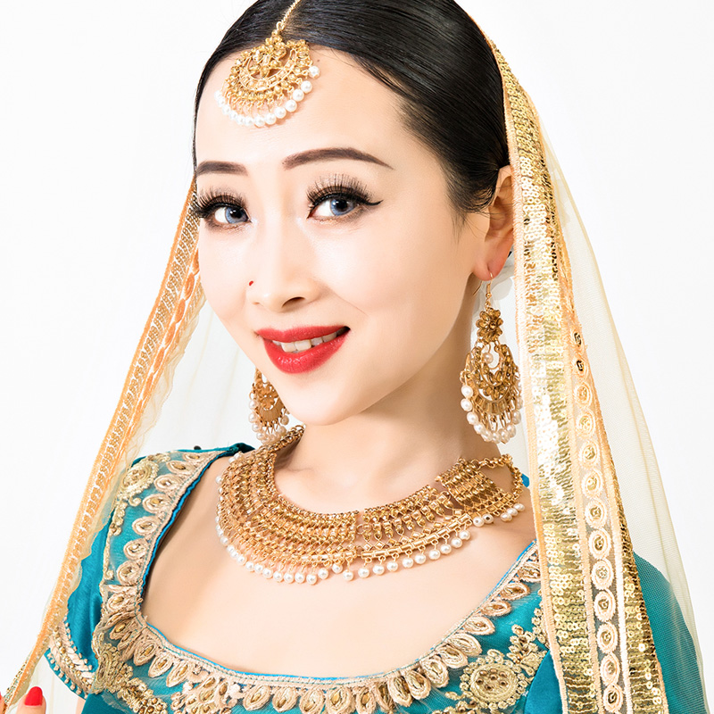 Indian jewelry womens fine high-end large sets of jewelry eyebrow drop earrings necklace national characteristics wind new Nepal