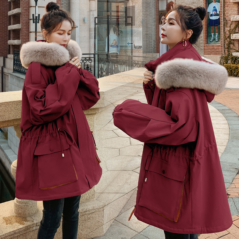Pregnant women down cotton clothing pregnant late autumn and winter coat 2020 winter model outside wearing Korean version of loose pie overcome women