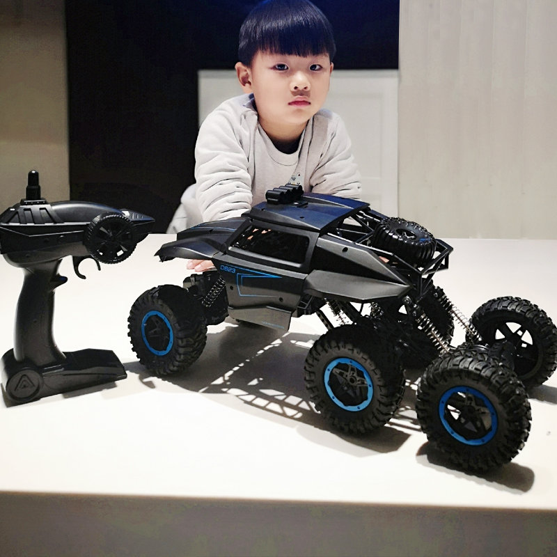 Children's Remote Control Vehicle Off-road Vehicle Super Large Four-wheel Charged Motorcycle Climbing Vehicle Boy Toys 6-12 Years Old