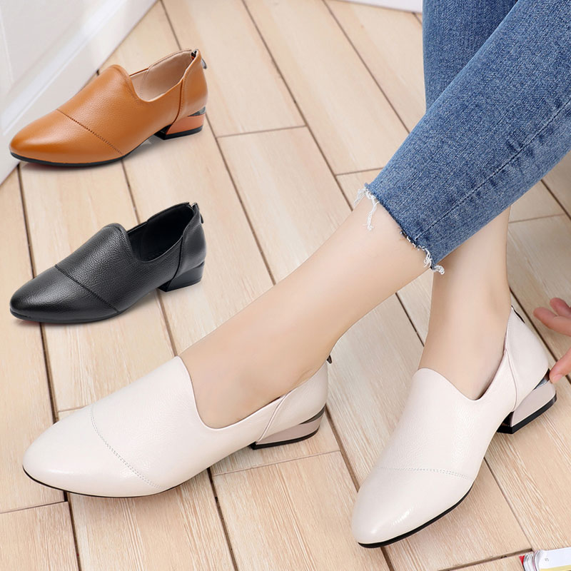 Autumn women's shoes 2018 new fashion leather shoes thick with wild autumn shoes single shoes four seasons large size women's shoes