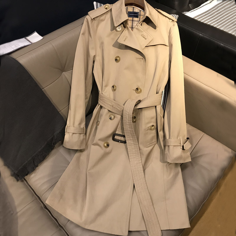 Windwear women 2020 new medium-length version of high-end temperament popular fried street small autumn and winter British wind thickened jacket