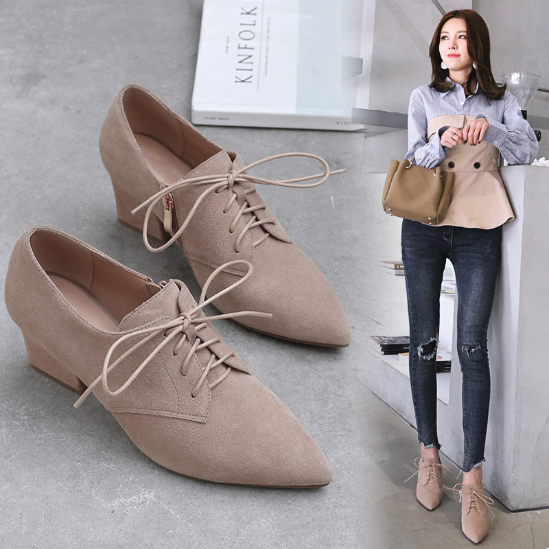 Spring 2019 new Korean version of leather pointed lace deep single shoes, thick heels and high heels, fashionable women's shoes