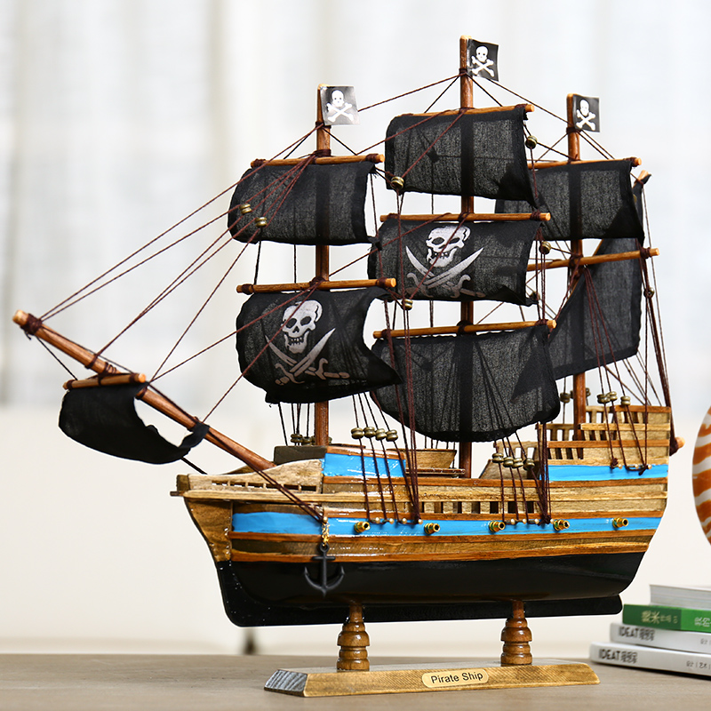 Model craft ship of Black Pearl Caribbean Pirate Ship